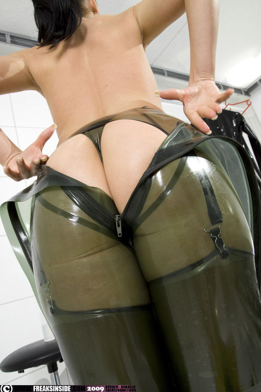 latex bizarre erotik download