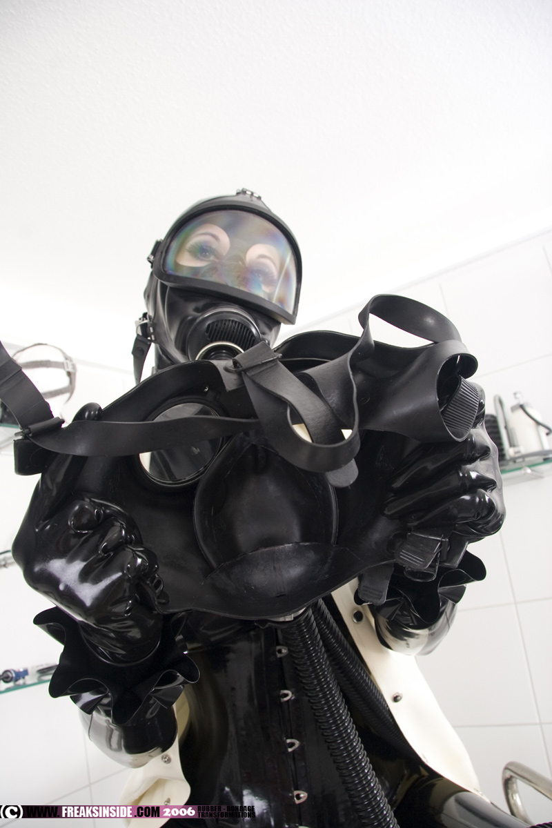 Fetish Gas Mask 89