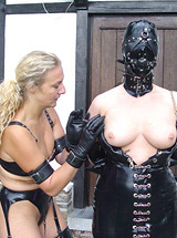 Rubber fun, extreme